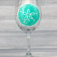 Sand Dollar Wine Glass / Beach Wedding Favors / Hand Painted Wine Glass, More Colors Available