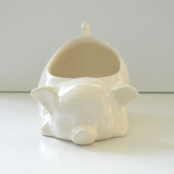 Ceramic 80s Pig Planter Vintage Design in White Sponge Holder
