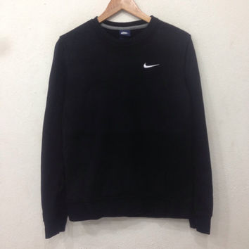 Rare !! Vintage NIKE Sweatshirt Crewneck Small Logo Black Colour Medium Size