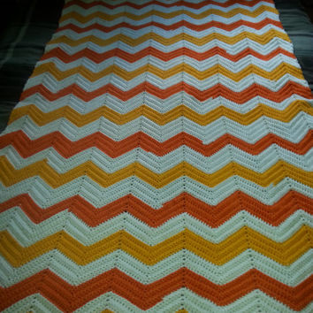 "Stunning Vintage 70s Orange and White Chevron Zigzag  Knit Crochet Afghan - 48"" x 73"""