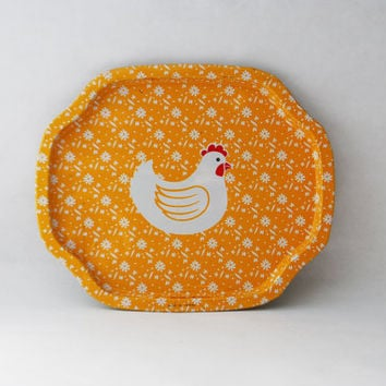 Vintage Yellow Hen Tin Tray - Cute Animal Serving Platter, Vintage Ash Tray, Jewelry Tray, Vintage Catch All, Serving Plate