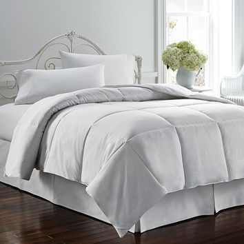 Chaps Home Down-Alternative Comforter (White)
