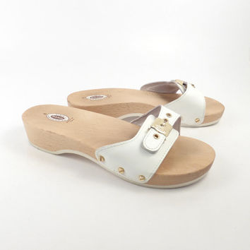 c97dc005453c Dr Scholls Sandals Vintage 1990s White Leather and Wood Exercise