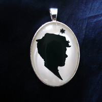 Mary Poppins Silhouette Disney Cameo Pendant Necklace