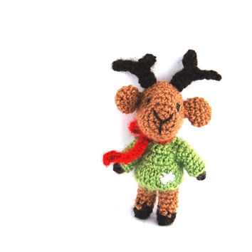 mini stuffed reindeer, tiny animal doll, christmas gift, brown tiny reindeer, miniature caribou, little Santa Claus's deer in pulover& scarf