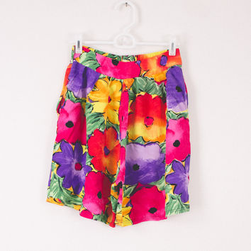 Vintage (Size Small/Medium) Floral High Waisted Shorts
