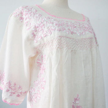 Embroidered Mexican Blouse 3/4 Sleeve Natural Cotton by chokethai