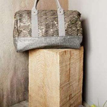 Deux Lux Audine Weekender in Grey Motif Size: All Bags