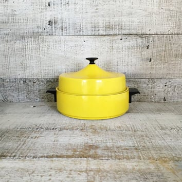 Enamel Cookware Enamelware Yellow Sauce Pan Enamel Stockpot Enamel Pot with Lid Vintage Small Soup Pot Mid Century Pan