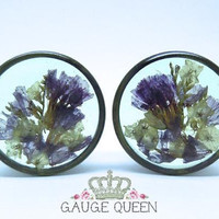 """Forget Me Not Flower Plugs. 0g / 8mm, 00g / 10mm, 7/16"""" / 11mm, 1/2"""" / 12.5mm, 9/16""""/ 14mm,5/8""""/16mm,11/16""""/18mm,3/4""""/19mm,7/8""""/22mm,1""""/25mm"""