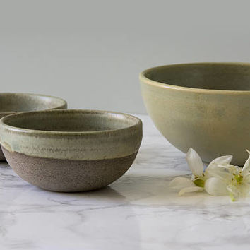 Serving Bowls / Set of 3 Dishes / Ceramic Prep Bowl / Snacks Bowls / Pottery Serving Bowl / Rustic Bowl / Party Bowl / Stoneware Bowls