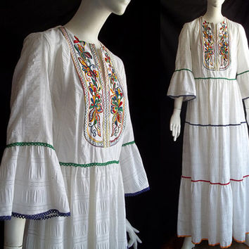 Vintage 70s Miss Kay Alfred Shaheen Embroidered Maxi Tiered High Waist  Plisse Dress M B37