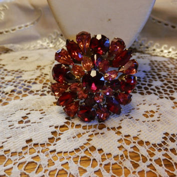 Vintage Goldtone Round/Circular Multi Colored Ruby Red PinkMagenta Rhinestone Domed Brooch Pin Marquis