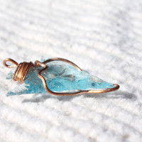 Small Wire wrapped blue ARROWHEAD - arrowhead pendant - glass pendant - reclaimed glass