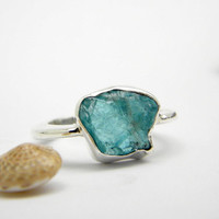 Apatite ring sterling silver rough -raw- hand made ring - cocktail gemstone ring size 6.5