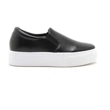 Step In Platform Sneaker in Black