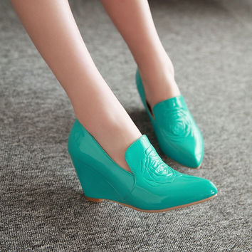Women Embossed Patent Leather Wedges Shoes