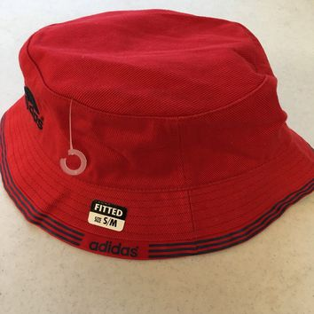 bdd5cd7064e BRAND NEW ADIDAS RED BUCKET HAT WITH BLUE TRIM SMALL MEDIUM SHIPPING