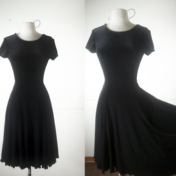 Velvet Babydoll Dress | 90s Velvet Dress Soft Grunge Dress Black Velvet Dress Circle Skirt 90s Prom Dress Cocktail Dress Little Black Dress