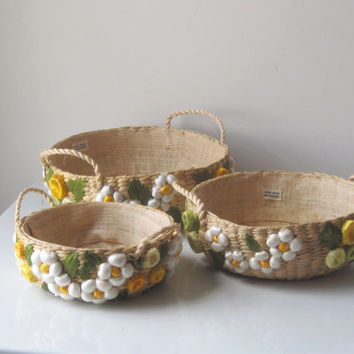 Vintage Woven Casserole Holders Phillipines Daisies Set of 3