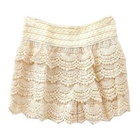 White Lace Short with Scallop Detailing