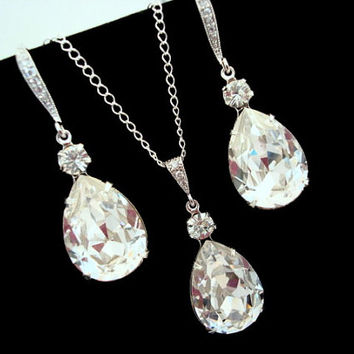 Crystal Pendant Necklace SET Earrings Bridal jewelry Sparkly Wedding Jewelry, Bridesmaids Jewelry, Crystal Drop SET