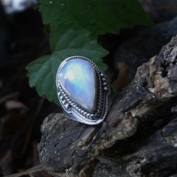 Moonstone ring, oxidized ring, 925 silver ring, gemstone ring, rainbow moonstone ring, moonstone jewelry, size 6 ring, goth ring, teardrop