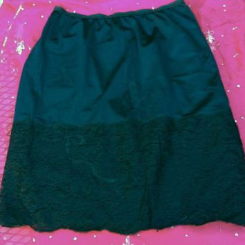 Vintage Vanity Fair Half Slip Tricot Nylon Black WIDE LACE border pillow tab S