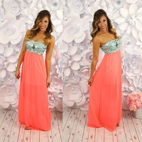 Tres Chic Maxi Dress in Coral