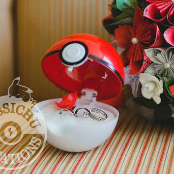 "Pokemon Pokeball Ring Box ""I Choose You"" - Wedding, Proposal, trading card, Will you marry me?, Ash, Misty, Pikachu, Loveball, Masterball"