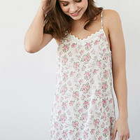 Crocheted Rose Print Nightdress