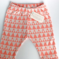 baby leggings, Organic baby leggings in coral triangles, organic baby leggings, printed leggings, baby pants, toddler leggings, toddler pant