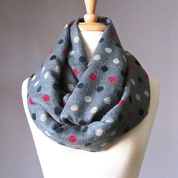 Polka dots scarf, grey infinity scarf,  dots scarf, winter scarf, gift for her, Christmas gift, gift idea