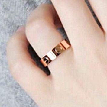 Cartier Fashion Cute couple rings women Men ring rhinestone ring on simplicity Rose Golden G