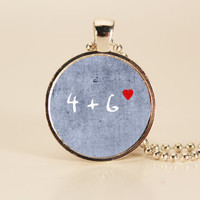 DIVERGENT Four Loves Six Charm Necklace