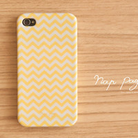 iPhone 4 case , iPhone 4s case and iPhone 3gs case mobile Case handmade :Yellow Chevron iphone case