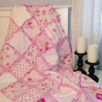 Baby Girl Rag Quilt, Crib Quilt, Toddler Quilt, Nursery Quilt, Shabby Style, Cottage Chic, Pink, White, 35 X 48. Handmade, Ready to Ship