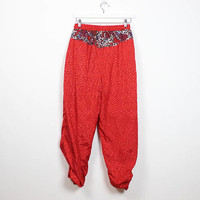 Vintage 80s Windbreaker Pants Red Elastic Drawstring Waist Paisley Print Slouchy Track Pants Athletic Athleisure 1980s Pants M L Large XL