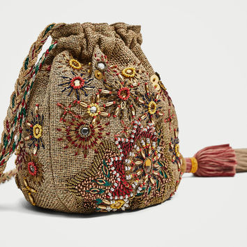 BEADED BUCKET BAG