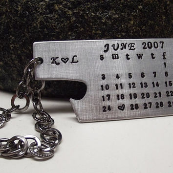 Personalized Hanging Bottle Opener Special Date Calendar Keychain Gift