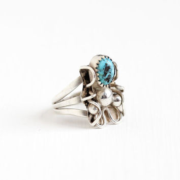 Vintage Sterling Silver Turquoise Blue Stone Ring - Size 8 Retro Southwestern Native American Style Artistic Triple Slit Shank Jewelry