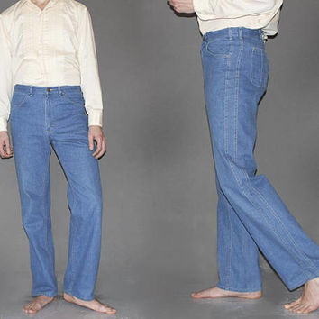 Mens Vintage 70s LEE FLARED JEANS / Light Medium Wash Denim / Buttery Soft, Perfectly Worn In / Groovy Hippie Bell Bottoms / 31 x 32