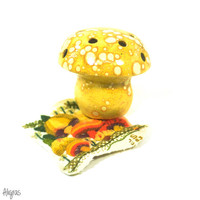 Vintage Mushroom Tealight Candle Lamp • 70s Mushroom Decor • Vintage Pencil Holder • Yellow Ceramic Mushroom • 1970s Psychedelic Home Decor