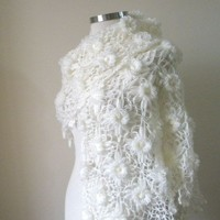 Wedding Ivory Shawl TRIANGLE FLOWER FLOWERS winter by filofashion