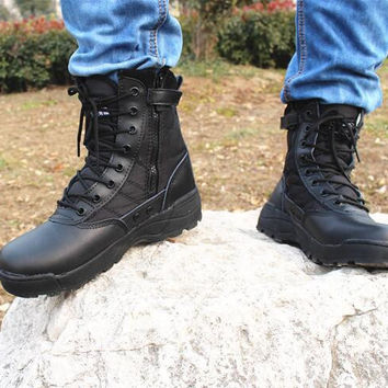 2017 New Army Boots Mens Tactical Boots Shoes Desert Outdoor Hiking Leather Boots Men Military Enthusiasts Marine Combat Shoes