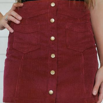 STAND OUT MINI SKIRT-WINE