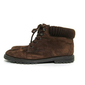 80s brown leather ankle boots. chunky boots. granny boots.