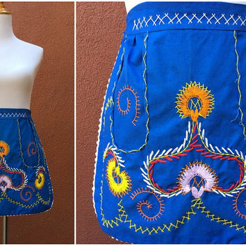 Vtg 50's Half Apron Mexican Ric Rac Embroidered Waist Tie Pockets blue Colorful Scandinavian style
