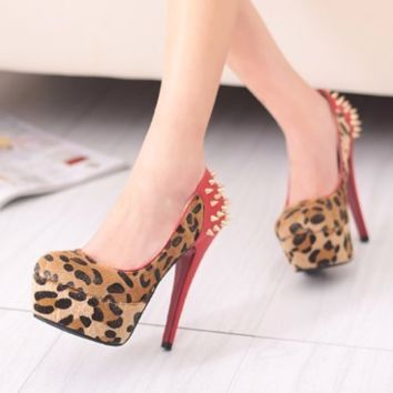 Stylish Edgy Ankle Rivet Stiletto Platform High Heels