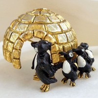 Vintage Rare HATTIE CARNEGIE Dimensional Igloo & Penguins Figural Pin